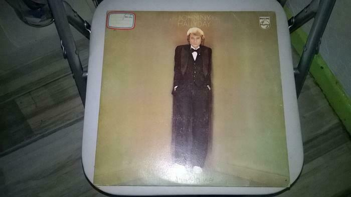 Vinyle Johnny Hallyday C est la vie Excellent etat 1977