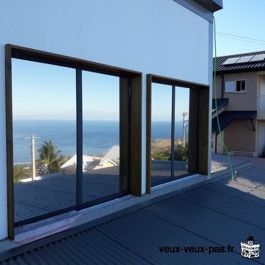Le Numéro 1 de la pose des films solaires anti-UV pour fenêtres et baies vitrées à la Réunion