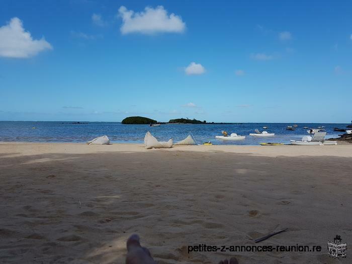 Villa pied dans l'eau avec piscine dans complexe hôtelière dans le Nord de Maurice