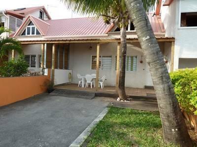 belle maison meublée F3 a St Pierre ile de la Reunion