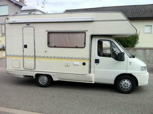petite annonce camping car fiat ducato de 1999 1 9td 7 places assises le de la r union 974. Black Bedroom Furniture Sets. Home Design Ideas