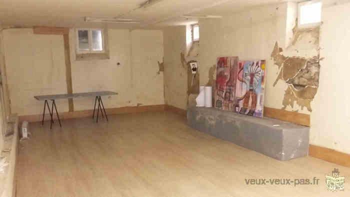 Atelier sur 2 étages (RDC + SS)