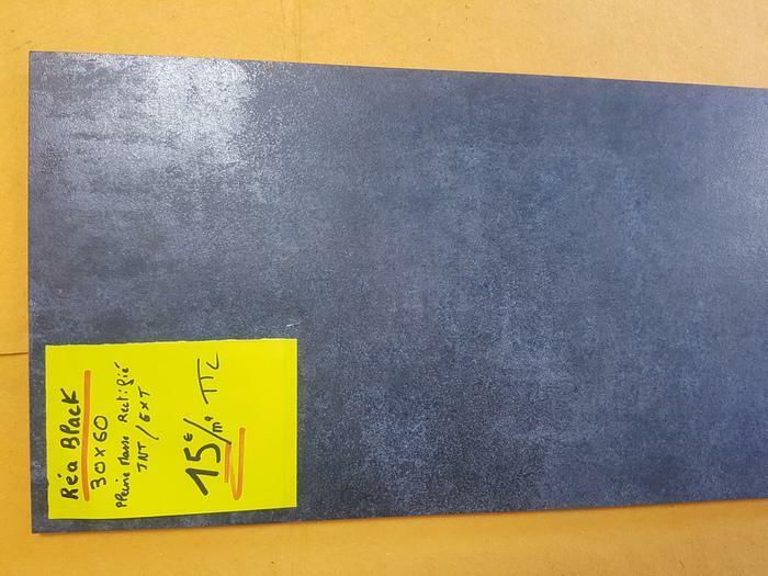 Carrelage 30x60 gris anthracite rectifié 13e/ Vendu Ailleurs 24,95e