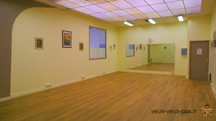L'Espace des Sept Arpents vous propose 80 salles et bureaux sur un espace de 4000m² .