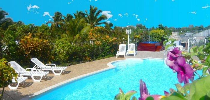 Location gites et bungalows avec piscine et spa