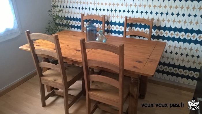TABLE CAMPAGNARDE + 4 CHAISES