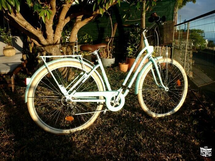 Vélo type Hollandais